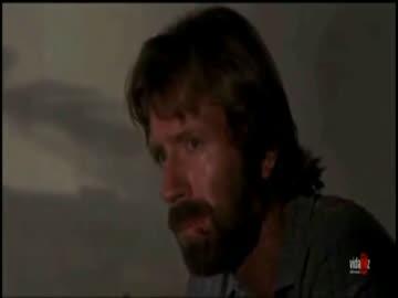 """Chuck Norris i """"Ona tańczy dla mnie"""""""